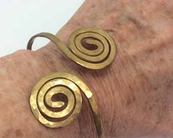 Brass double spiral bangle