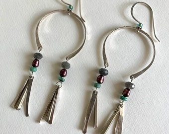 Sterling dangle earrings with labradorite, freshwater pearl and raw emerald - boho style casual earrings - handmade earthy jewelry for women