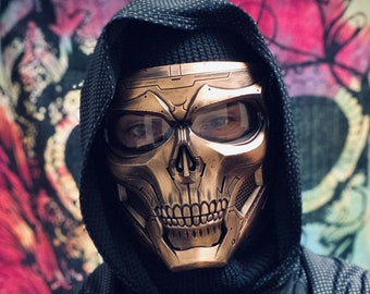 Distressed Gold Skull Full Face Mask with Matte Black Detailing & Adjustable Straps / Cosplay / Costume / Cyberpunk / Paintball / Masquerade