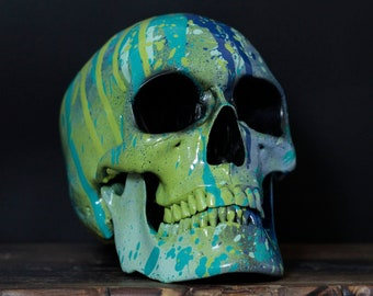 Oceanum - Life Size Paint Splatter Painted Human Skull Replica with Removable Jaw  / Skull Art / Ornament / Home Decor / Art Object