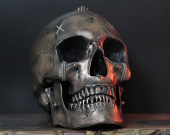 Vastata - Heavily Distressed Post Apocalyptic Punk Human Skull Replica with Spike Mohawk & Removable Jaw / Skull Art / Ornaments / Decor