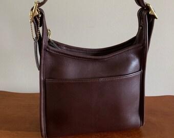 56ef0e6e459c Vintage Coach Legacy Crossbody Handbag