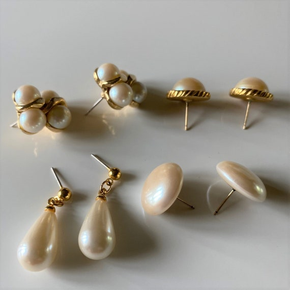 Vintage Faux Pearl Earrings, 4 Pairs Gold Tone Fa… - image 7