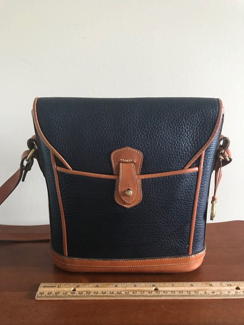 Vintage Dooney and Bourke RARE Dover Case Crossbody Handbag  0670562842e1d