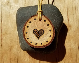 Wooden Diffuser Necklace with Heart, Handmade Real Wood, Personal Essential Oil Diffuser, Wood Burned Heart on Wooden Pendant, Gift for Her
