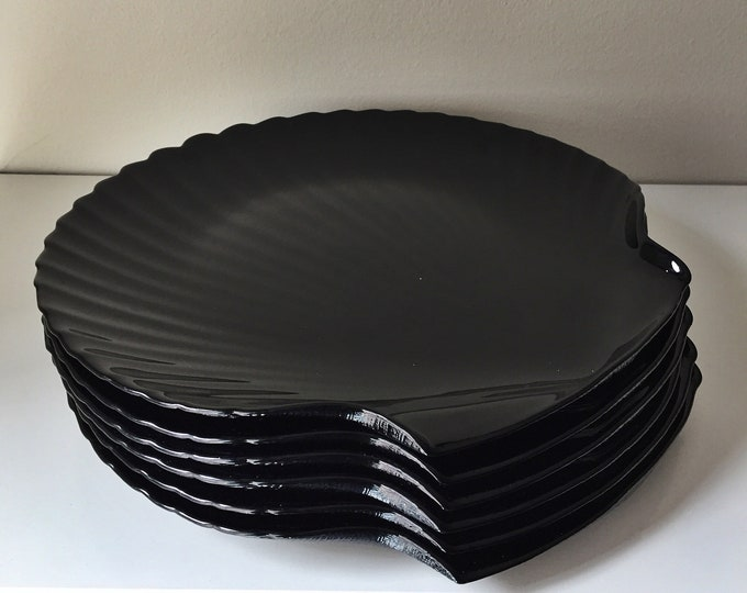 vintage black porcelain coquillage plates