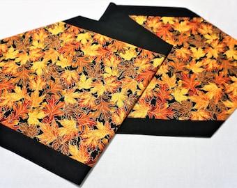 Thanksgiving table runner Holiday table runner autumn table runner Fall table runner handmade table runner Hostess gift harvest table runner