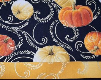 Thanksgiving table runner Holiday table runner Pumpkin table runner Fall table runner handmade table runner Hostess gift Autumn table runner