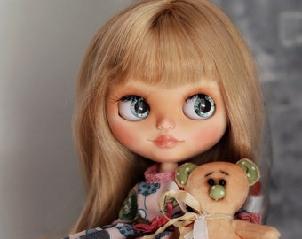 "Custom Blythe doll OOAK ""Elly"" from Katalena"