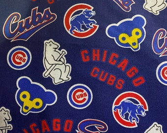 Chicago Cubs or New England Patriots. Specify pattern (Go Pats, regular navy Patriots, red Patriots or Cubs)
