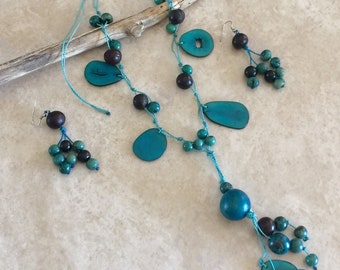 Blue Organic Tagua Nut  necklace and earrings set. Eco-friendly, bio-degradable, organic, Peruvian handmade set.