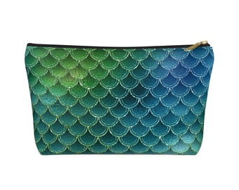 Makeup Bag: Green Scales