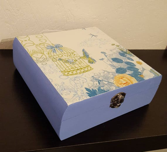 Square box hinged freedom of birds, jewelry box