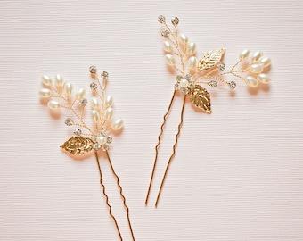 Bridal hair pins, Leaf hair pins, Gold hair pins, Pearl hair pins, Flower hair pins, Gold bridal headpiece, Bridesmaid hair pins