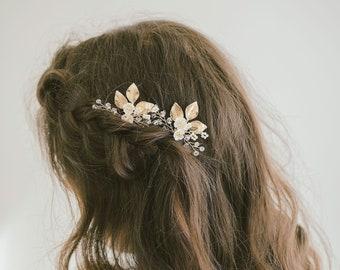 Bridal hair pin, Leaf hair pins, Gold hair pins, Flower hair pins, Gold bridal headpiece, Bridesmaid hair pins