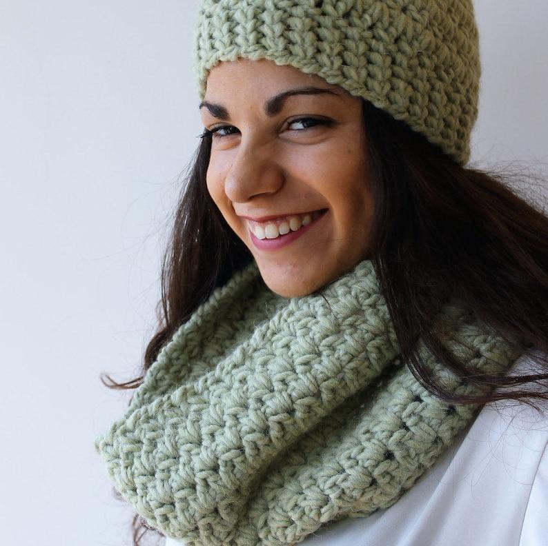 Completo berretto e scaldacollo in morbida lana alpaca  0570d22f5cd7