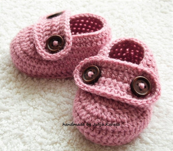 e495788e27807 Handmade baby booties, crochet baby shoes for newborn baby, 0-3 months or  3-6 months, shower gift, kids booties, baby girl shoes crochet