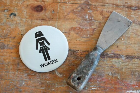 Cartello Da Appendere In Bagno : Cartello per wc wonder woman etsy