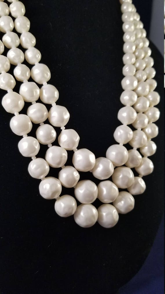 Faux pearl vintage necklace - image 2