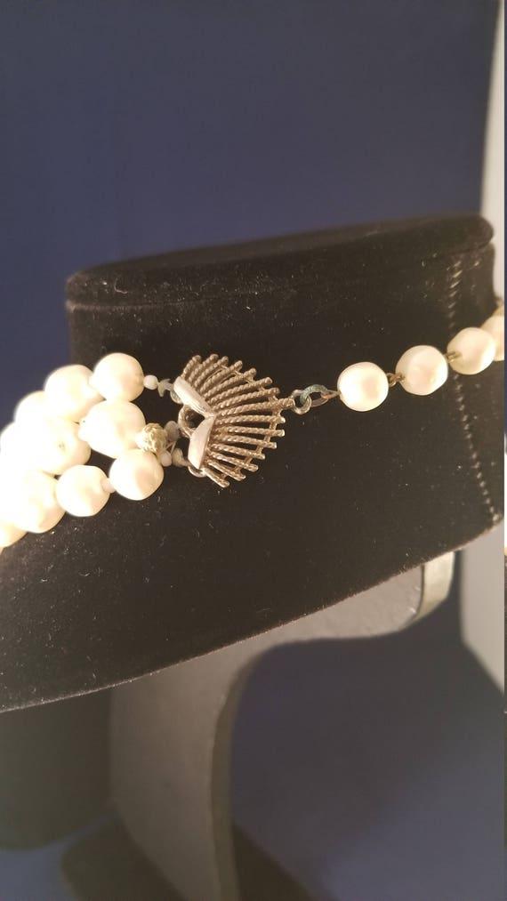 Faux pearl vintage necklace - image 4