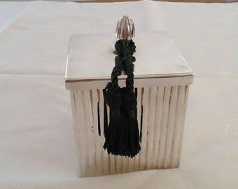Candle in metal box silver a gadroons