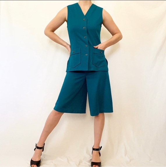 Vintage 60s Teal Shorts Set