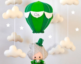 Baby mobile Hot air balloon Wizard of Oz Clouds mobile Crib Cot mobile Faitytale baby shower gift Hanging mobile Felt mobile Nursery decor