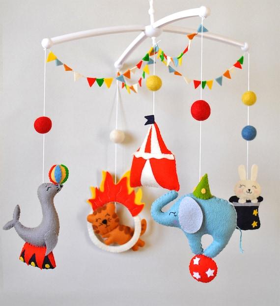 baby mobile zirkustiere kinderbett mobile elefant mobile. Black Bedroom Furniture Sets. Home Design Ideas