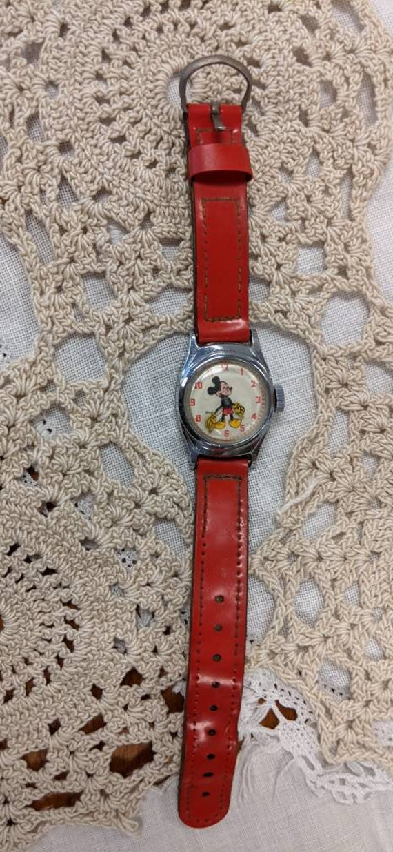 Vintage Mickey Mouse Children's Watch Runs!