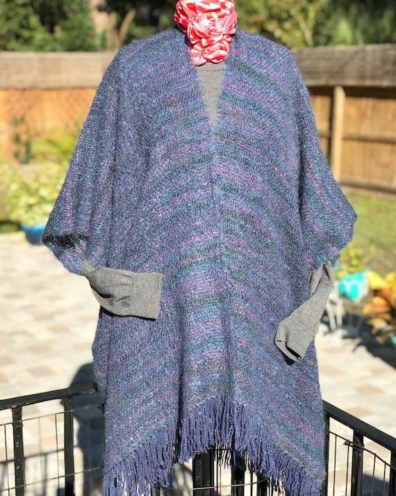 VINTAGE MOHAIR CAPE/mohair blend cape/vintage cape