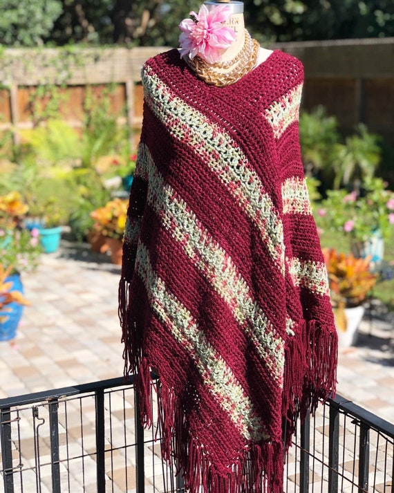 VINTAGE PONCHO CAPE/hand knit cape/burgundy cape/f