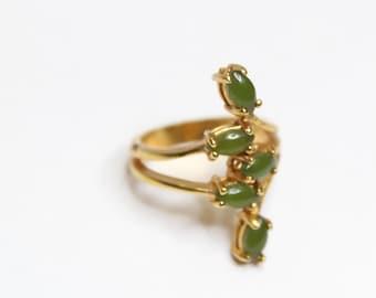 Vintage 18k Yellow Gold Jade Ring Size 5.75