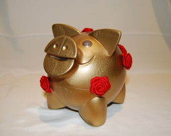 Lifebuoy piglet