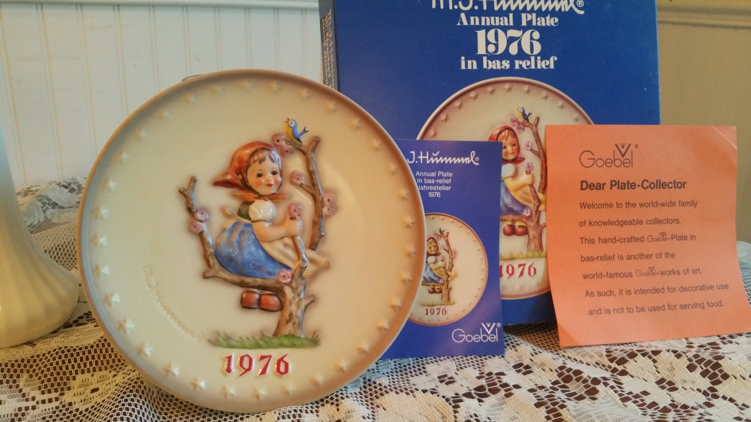 Free us shipping vintage 1976 hummel annual plate apple tree girl hand painted 7 5 inch goebel hum 269 6th edition