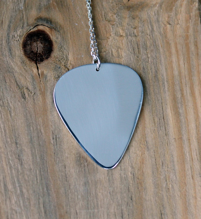 Guitar Pick Necklace-Silver 999 Guitar Pick-Custom Guitar Pick Necklace-Guitar Pick Pendant-Gift Idea-Schmuck Kette-Plektrum-Argent-Plata