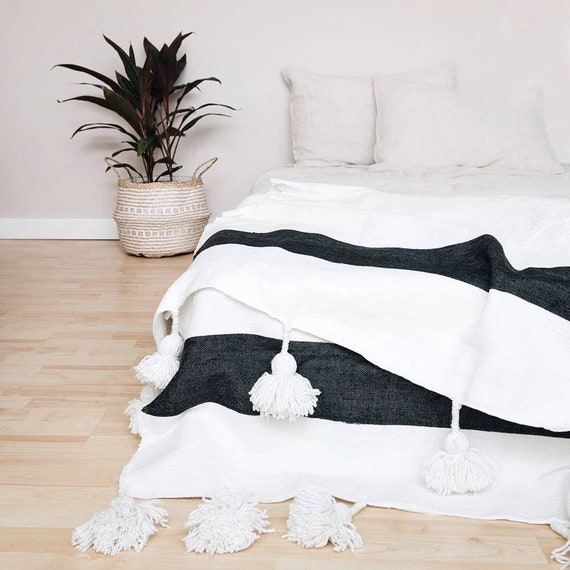 FREE EXPRESS SHIPPING Moroccan pompom blanket