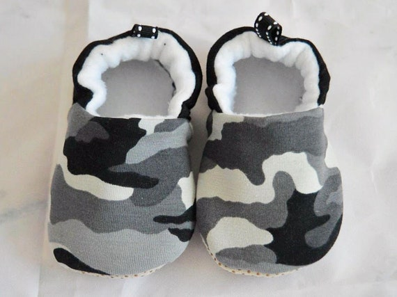 9f1a9012a2cda Baby boy moccasins stay on soft sole camouflage print fabric shoes, baby  shower gift, newborn baby boy gift