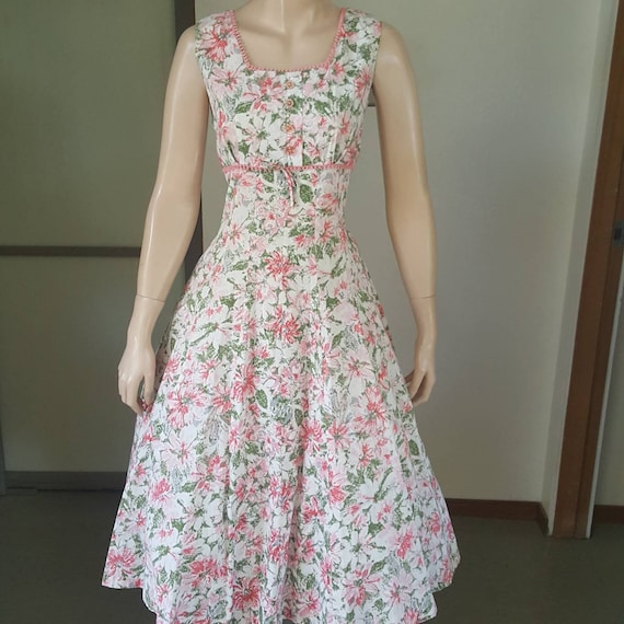 Sweet 1950s vintage floral summer dress 31W - image 2