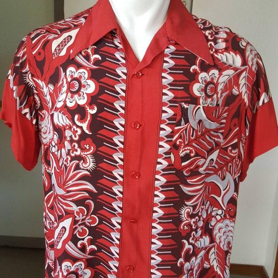 1940s vintage rayon border print Hawaiian shirt L
