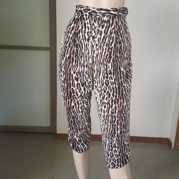 1950s vintage leopard Capri pants size small
