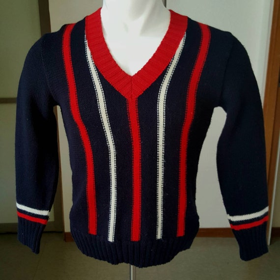 1960s vintage men's pullover sweater with vertical