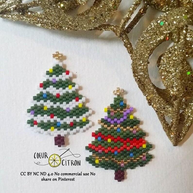 Diagramme brickstitch sapin enneig\u00e9  brickstitch pattern snowy christmas tree