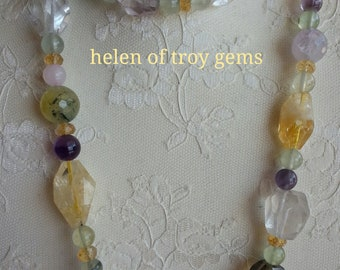 Spring mood necklace