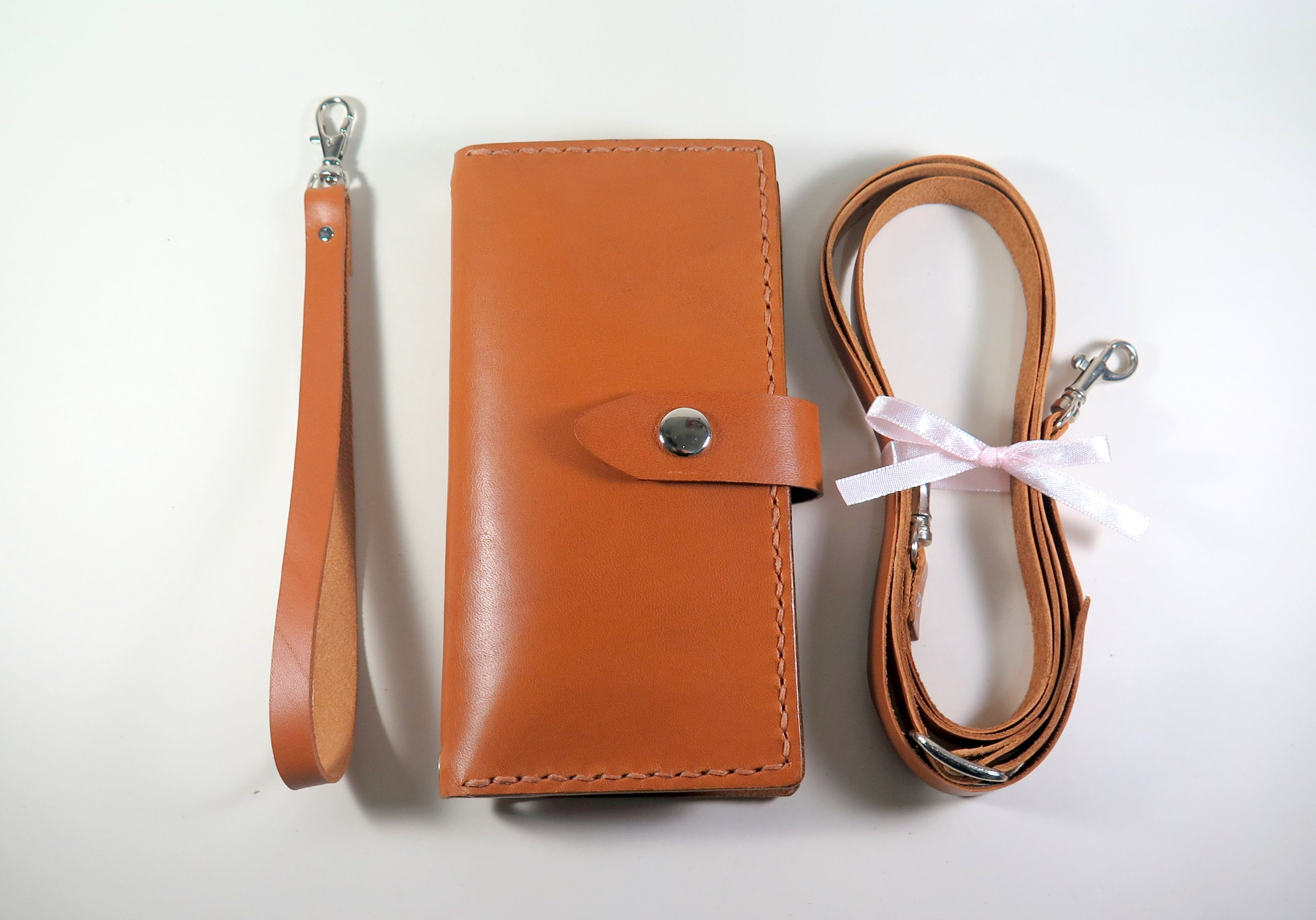 the latest 380f0 02fc4 Personalized iPhone 8 Plus Purse iPhone 8 Plus Cross Body Bag Clutch  Handmade Italian Leather iPhone 8 Plus Wallet Crossbody Strap + 6 Slots
