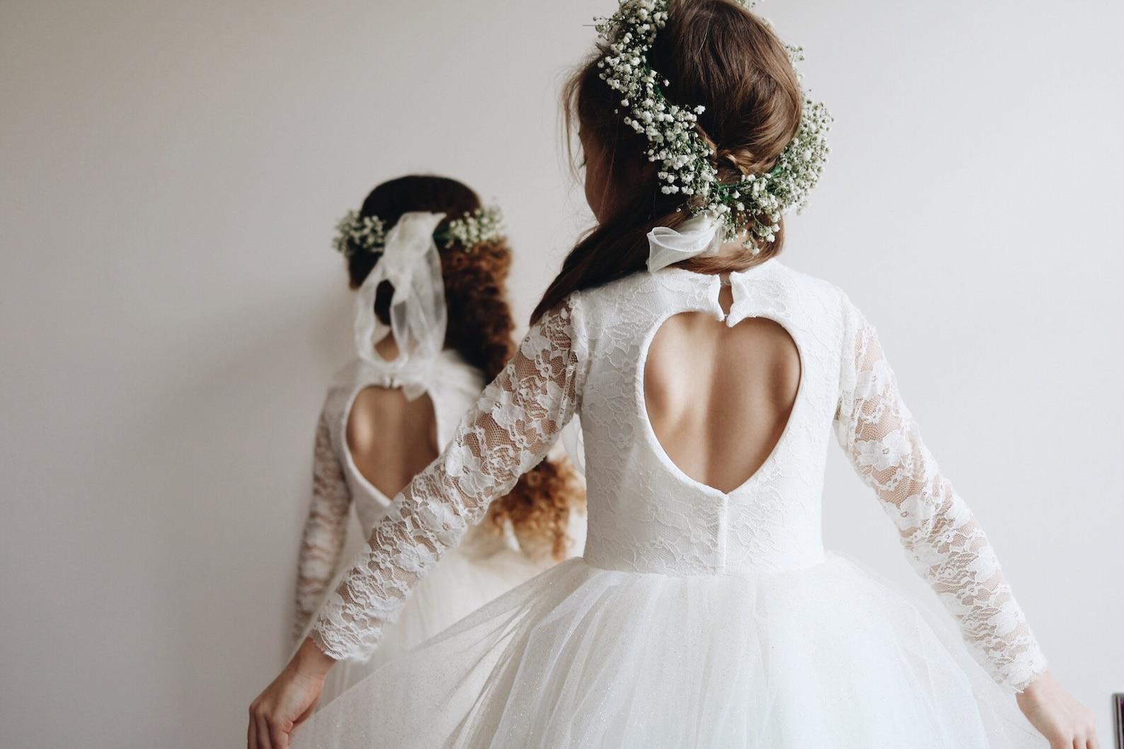Blumenmädchen Outfits weiß