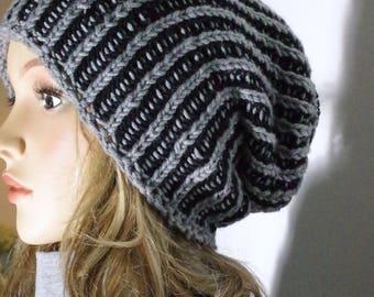 Soft Merino cap in a patent knit