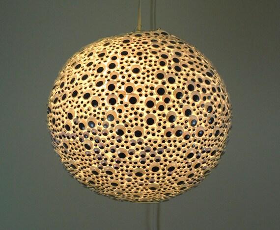 Globe oculaire lampe, suspension, Geekery, Decor chambre ADO, les yeux  écarquillés, enfants lampe, Decor drôle, lumière de nuit, éclairage  moderne, ...