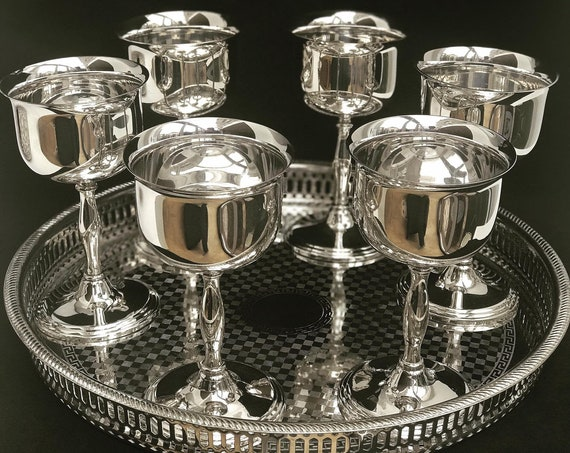 Wine metal glasses Drinking Gobelets Silver Plated Aperitif Cordial Footed Glasses Striking Vintage English Antique Tray 6 Coupes Party Cups
