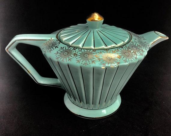 Art Deco Teapot Sadler Mint green and gold pale green aqua green  ribbed  1937 English Vintage Collectible Tea Decor Pastel Green Gold rim