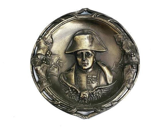 Napoleon Bonaparte Bronze catch all dish ring coin tray desk ornament gift for him Vintage 1930s desk ornament dad gift collector gift